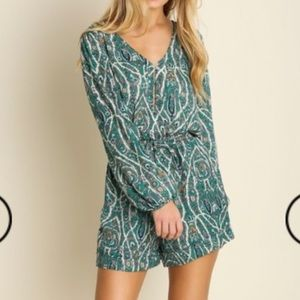 Pants - 🎉HP🎉Perfect Patterned Romper